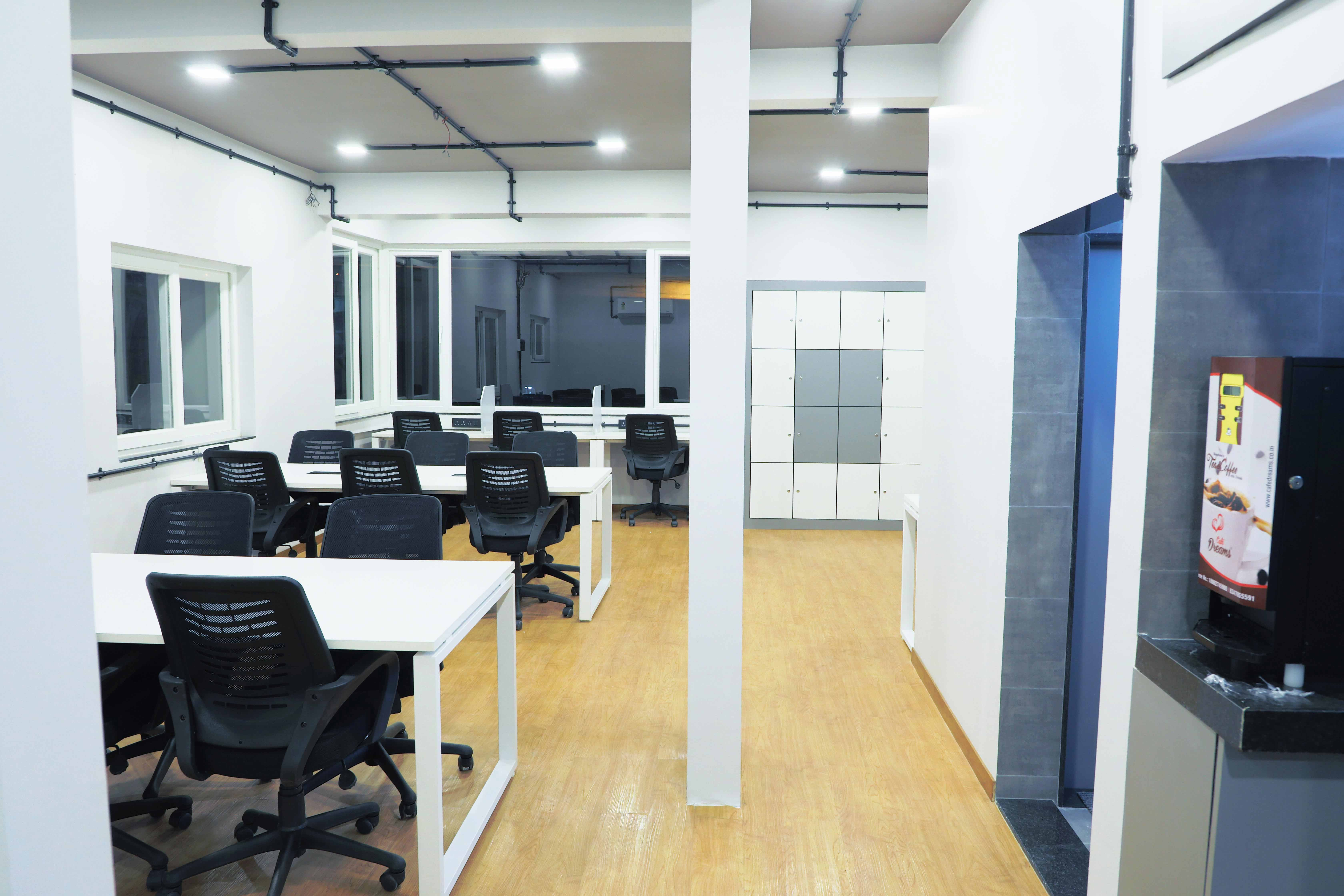 Space Lounge | Bookofficenow