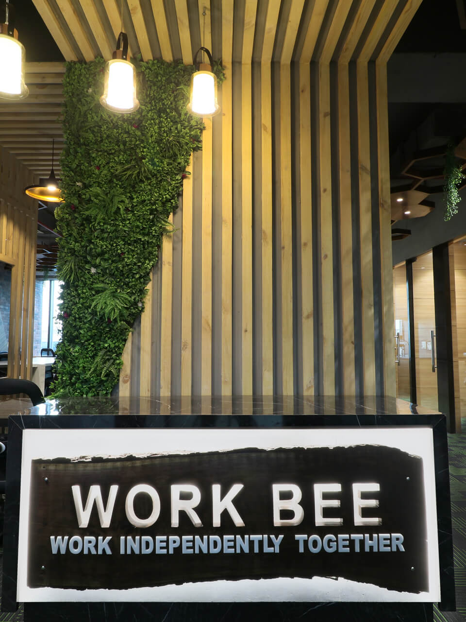 Work Bee| Bookofficenow