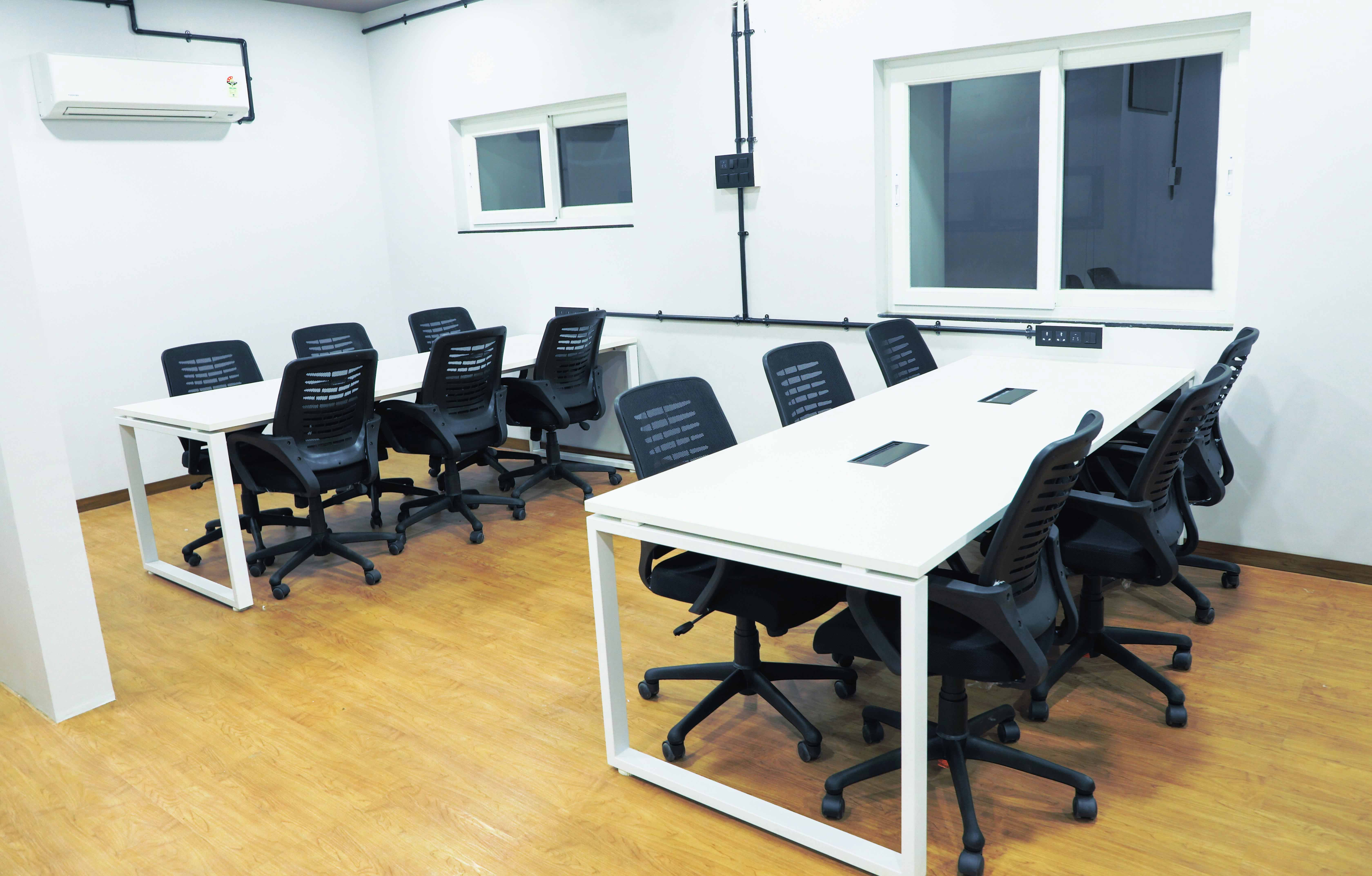 Space Lounge Vishwakarma Chambers