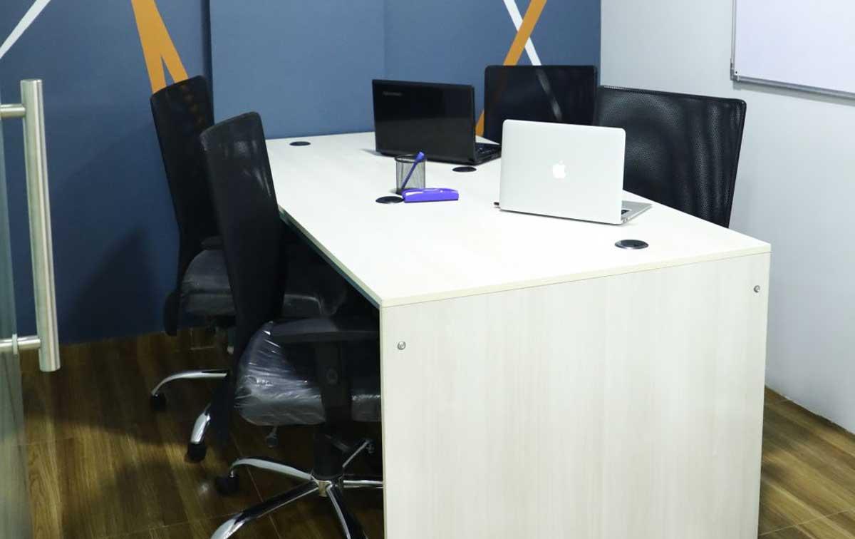 Opus Desk