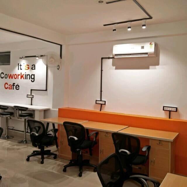 Suits cafe Workspaces Mansarovar