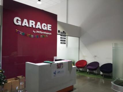 Garage Co-Working Lower Parel