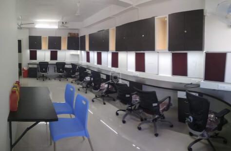 Start Desk Motera